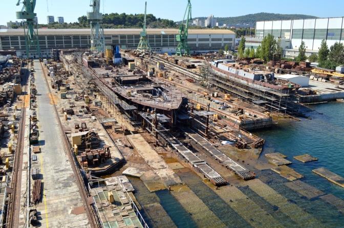 BRODOSPLIT - Obrada čelika za Novogradnju 483 - FOTO Škveranka 3.9.2016.