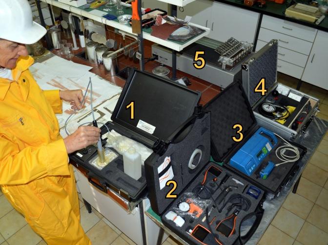 AKZ laboratorij 12345