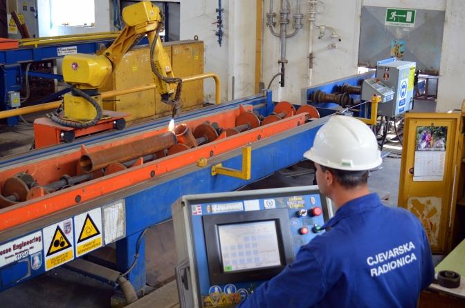 Linije za privarivanje i zavarivanje cijevi promjera od 200 do 600 mm