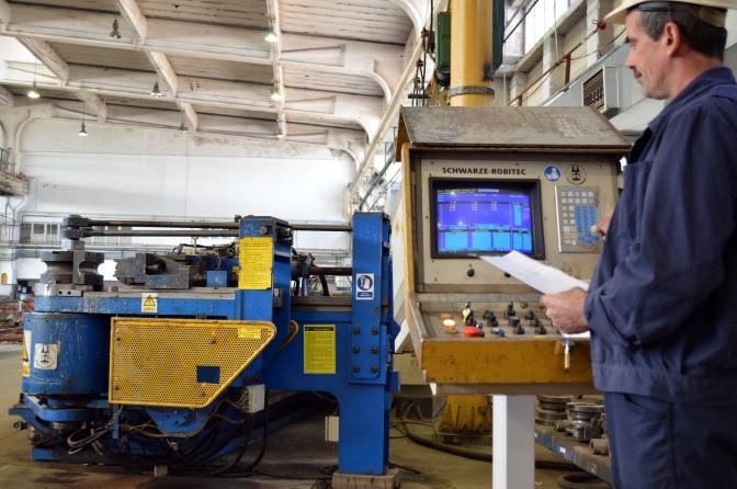 Savijanje cijevi na brojčano upravljanoj CNC savijačici sa zavarenom prirubnicom te unutarnji transport po radionici