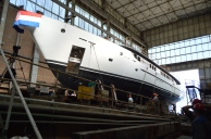 Porinuće Novogradnje 539 sa zatvorenog navoza BRODOSPLIT Brodogradilišta specijalnih objekata - 'Ajaxaja' je 46 metara dug jedrenjak za nautički turizam ugovoren s tvrtkom Perihel u vlasništvu obitelji Ercegović iz Krila Jesenica. To je deveti putnički brod izgrađen u Brodosplitu za domaće naručitelje iz okolice Splita.